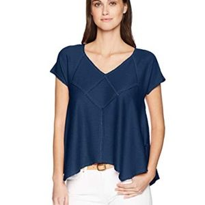 Max Studio Navy and White Puckered Jersey Top